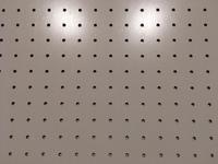 有孔ボード 白 600×900×4mm 穴径5ミリ穴ピッチ25ミリ