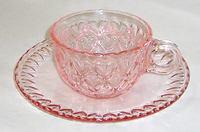 昭和レトロ ハート ピンク色のカップ&ソーサー