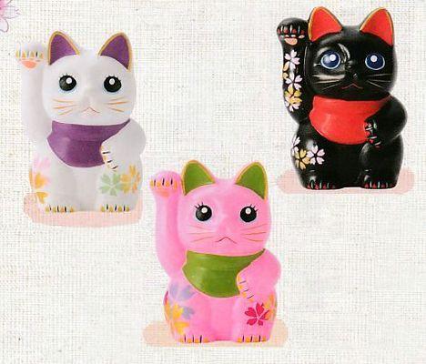 桜模様の招き猫 特価通販
