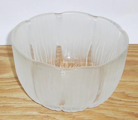 180701101.昭和レトロ  アデリア 花かげ ガラス深小鉢【ガラス食器 花柄】