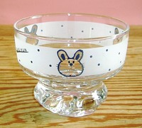 昭和レトロ アデリア ウサギ模様 デザートグラス 通販