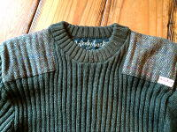 【Woolyback】 ウーリーバック 14135FORRESTER CREW NECK WITH HARRIS TWEED PATCHES ハリスツイードパッチ付 クルーネック コマンドセーター
