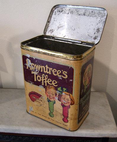 """Rowntrees"" Toffee Tin - ""ローントゥリー""社トフィー缶 -"